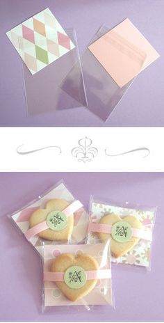 sugar cookie bags - you could use this type of packaging for a variety of handmade goods Cookie Gifts, Food Gifts, Diy Gifts, Cookie Favors, Bakery Packaging, Gift Packaging, Packaging Ideas, Diy Cookie Packaging, Wedding Favor Bags
