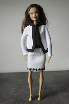 szycienocne: BARBIE: żakiet a'la Chanel
