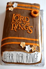 Melina's Rezeptearchiv: Herr der Ringe Buch Torte Lord Of The Rings, Coffee, Tableware, Desserts, Food, Foods, Bakken, Christmas, Kaffee