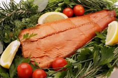 Ordering your food online? Wild caught Alaskan Sockeye Salmon, 1 lb fillet in recylable fiber box is a handy gourmet appetizer or main course for any occasion. Best Smoked Salmon, Smoked Salmon Recipes, Gourmet Cooking, Gourmet Recipes, Healthy Gourmet, Healthy Nutrition, Healthy Eating, Gourmet Appetizers, Sockeye Salmon