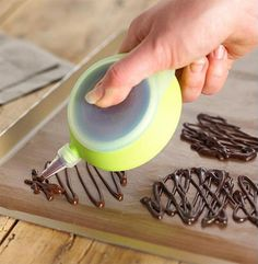 Easy-Squeeze Deco Pen- i need this for all my chocolate stuff i do for my cupcakes