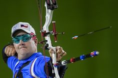 David Drahoninsky of Czech republic competes against John Walker of Great Britain at the Menâs Archery Individual W1 Final during day 9 of the Rio 2016 Paralympic Games at Sambodromo on September 16, 2016 in Rio de Janeiro, Brazil.