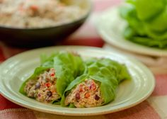 Crunchy Mediterranean Tuna Salad Wrap - Recipes for Healthy Living by the American Diabetes Association® Wrap Recipes, Fish Recipes, Dinner Recipes, Yummy Recipes, Recipies, Healthy Low Carb Recipes, Diabetic Meals, Diabetic Friendly, Healthy Dinners