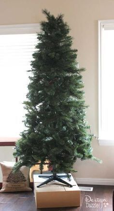 How to fluff a Christmas tree by Design Dazzle