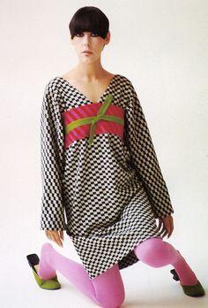 "The Amazing Peggy Moffatt in rudi gernreich ""kabuki"" dress, 1963- yeah, baby 1963"