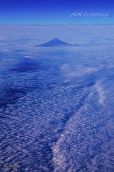 呼吸する空…そびえる富士…