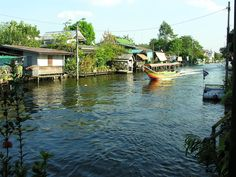 Khlong (canal) tours in Bangkok