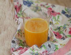 Zumo de naranja, calabaza y melocotones