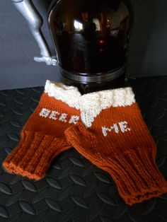 The Beer Me Fingerless Gloves Amber Ale Edition, Beer Lovers Gloves in Dark Gold, Gift for Homebrewers, Craft Beer Lovers, Mens Gloves