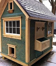 Amazing Shed Plans | Download Free Shed Plans Chicken Coop Run, Chicken Coup, Portable Chicken Coop, Backyard Chicken Coops, Building A Chicken Coop, Chickens Backyard, Chicken Feeders, Chicken Tractors, Chicken Coop Designs
