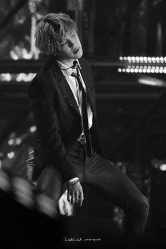  BTS ★ Jimin ★ B&W black and white photo Korean Boy Bands, South Korean Boy Band, K Pop, Jimin Hot, Foto Jimin, Hip Hop And R&b, Bts Pictures, Yoonmin, Bts Taehyung