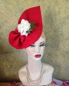 Red, 1940s Inspired, vintage Style Felt Sculptured Hat With White Flowers in Clothes, Shoes & Accessories, Vintage Clothing & Accessories, Vintage Accessories | eBay!