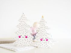 Add some cute to your Christmas decorations this year with these happy little chaps! Hand illustrated limited editions for Christmas. Large 19 x...