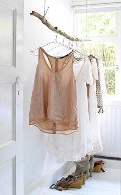 Sehe dir das Foto von Handwerklein mit dem Titel Schöne offene alternative für einen geschlossenen sperrigen Kleiderschrank wenn man nicht so viel Platz hat und andere inspirierende Bilder auf Spaaz.de an.