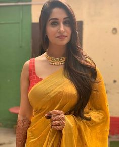 Beautiful Girl In India, Beautiful Blonde Girl, Beautiful Girl Image, Beautiful Saree, Beautiful Women, Beautiful Models, Beautiful Bollywood Actress, Most Beautiful Indian Actress, Beautiful Actresses