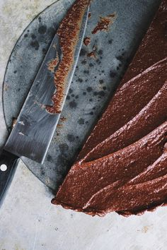Raw Chocolate Tart with a Cashew Coffee Crust | @withfoodandlove