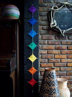 23 Clever DIY Christmas Decoration Ideas By Crafty Panda Diy Arts And Crafts, Crafts For Kids, Diy Crafts, God's Eye Craft, Gods Eye, String Art, Yarn Crafts, Dream Catcher, Weaving