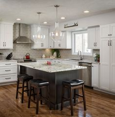 At Cabinet Factory Outlet Plus In Omaha We Can Help Design Your Dream Kitchen With Expert Advice Quality Cabinets And Beautiful Countertops