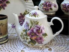 English Teapots And Cups | English Pansy Bone China Teapot, 4 cup - English Teapots