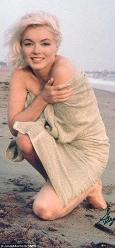 Norma Jeane-Marylin Monroe-by Sam Marylin Monroe, Marilyn Monroe Fotos, Marilyn Monroe Style, Beautiful Celebrities, Beautiful People, Art Visage, Robert Mapplethorpe, Joe Dimaggio, Mae West