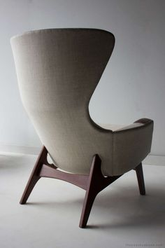 Adrian Pearsall; Walnut Frame Wingback Easy Chair for Craft Associates, 1960s.