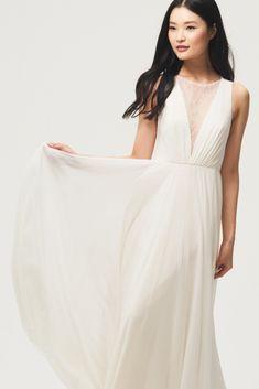 Reasons why Jenny by Jenny Yoo Bridal is so fresh   glam this season! 7055736ac3e8