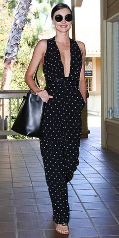 IT'S rare she looks anything but perfect and yesterday was no different, as a glowing Miranda Kerr stepped out in Los Angeles wearing a polka dot jumpsuit. Celebrity Outfits, Celebrity Style, Simple Dresses, Nice Dresses, Miranda Kerr Street Style, Streetwear, Angel Outfit, Models, Red Carpet Dresses