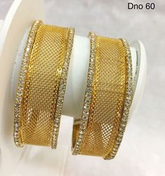 Gold Bangles Design, Gold Jewellery Design, Royal Jewelry, India Jewelry, Amrapali Jewellery, Diamond Dreams, Bridal Bangles, Indian Wedding Jewelry, Gemstone Jewelry