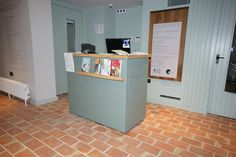 Front pf reception desk at Watts Gallery, Guildford Surrey, Joinery, Commercial, Reception, Desk, Gallery, Home, Writing Table, Desktop