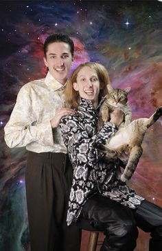 From the Awkward pet photo album.  That cat has a WTH look.