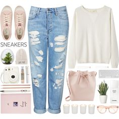 Would you wear nadiasxox's #OOTD, featuring Juicy Couture sneakers? http://polyv.re/ootd86