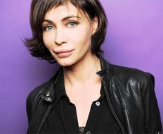 Emmanuelle Béart. Love the haircut. too bad about the Botox lips.