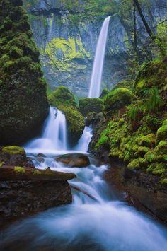 Elowah Falls  -  http://photo.net/photodb/photo?photo_id=13257933