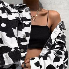 Imma Cow go moooo😍🐮🐄 Mode Outfits, Stylish Outfits, Fashion Outfits, Girl Outfits, Fashion Killa, Look Fashion, Look Girl, Grunge Style, Aesthetic Clothes
