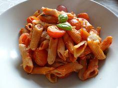 Cremiger Nudelauflauf mit Tomaten und Mozzarella, ein raffiniertes Rezept aus der Kategorie Saucen. Bewertungen: 663. Durchschnitt: Ø 4,6.
