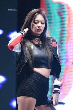jennie kim | asian | pretty girl | good-looking | kpop | @seoulessx ❤️