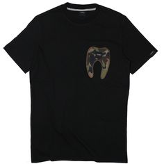 Tooth pocket tee   black