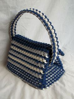 The Art of Can Tabistry: Purse that doubles as a Lunchbox