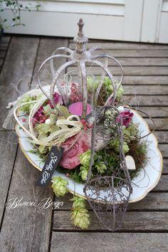 """Deko-Objekte - :::: Tischdeko """" Shabbykrone """" :::: - ein Designerstück von BlumereiBerger bei DaWanda"""