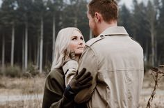 A lovestory with warm hands. Long Gloves, Leather Fashion, Winter Style, Love Story, Hands, Street Style, Warm, Couple Photos, How To Wear