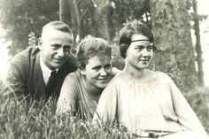 Bild aus jungen Jahren:  Helmut Kleinicke, geboren 1907, mit seiner Schwester...