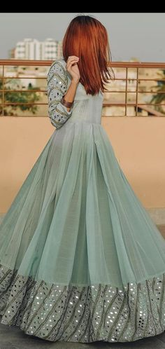 Pakistani Party Wear Dresses, Designer Party Wear Dresses, Pakistani Wedding Outfits, Pakistani Dress Design, Gown Party Wear, Indian Fashion Dresses, Indian Gowns Dresses, Dress Indian Style, Indian Designer Outfits