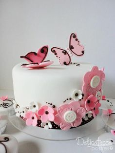 Beautiful Cake Pictures: Pink Butterflies & Buttons One Tiered Cake - Birthday Cake - Beautiful Cake Pictures, Beautiful Cakes, Amazing Cakes, Birthday Cakes For Women, Birthday Cake Girls, Pretty Cakes, Cute Cakes, Fondant Cakes, Cupcake Cakes