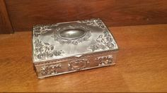 $50.00  Silverplate Godinger jewelry box/jewelry casket-victorian, shabby chic for jewelry storage or jewelry display