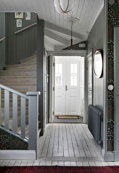 my scandinavian home: The Beautiful House of a Swedish Creative entry with oodles of charm Foyer Decorating, Interior Decorating, Oval Room Blue, Swedish House, Scandinavian Home, Stairways, Interior And Exterior, Beautiful Homes, New Homes