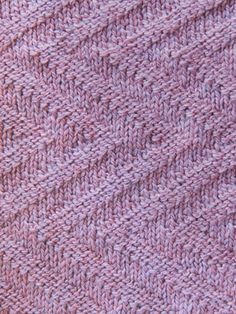 Suitable for beginners who can knit and purl. Worked in one piece -- no seams or stitches to pick up - and no wrong side. Three different designs with an easy-to-follow chart for each: Square-In-Square, Zig-Zag, and Basket Weave. Knit with 925 (1250)...