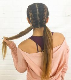 13 Easy Summer Hairstyles Your Inner Mermaid Will Love: The workout braids that ., HAİR STYLE, 13 Easy Summer Hairstyles Your Inner Mermaid Will Love: The workout braids that will easily take you from an early morning gym session to a brunch wit. Inside Out Braid, Easy Summer Hairstyles, Everyday Hairstyles, Camping Hairstyles, Cute Hairstyles For School, Easy Morning Hairstyles, Simple Braided Hairstyles, School Hairdos, Summer Hairdos