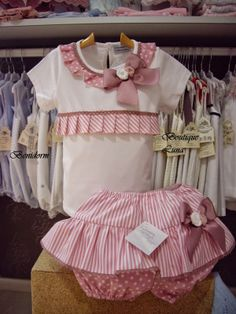 BOUTIQUE LUNA Baby Sewing Projects, Sewing For Kids, Sewing Doll Clothes, Cute Outfits For Kids, Classic Outfits, Little Dresses, Cool Baby Stuff, Shirts For Girls, Baby Dress