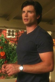 Tom Welling as Clark Kent. Wish he had played this on the big screen. I think he could have pulled it off!