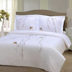 Displaying intricate embroidery of nature inspired designs, this Spring duvet set includes matching pillow shams. Composed of 200 Thread Cotton, this set is machine washble. Elegant and soft, this set duvet set will add a feminine touch to your bedroom. Bed Duvet Covers, Duvet Sets, Duvet Cover Sets, Pillow Shams, Online Bedding Stores, Bed Linen Sets, Affordable Bedding, Cotton Duvet, Cotton Fabric